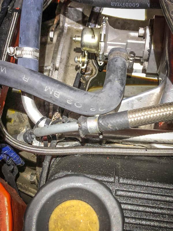 https://ensaster.com/pics/vehicles/mgb/engine/leak/engine-top/oil-pool.jpg